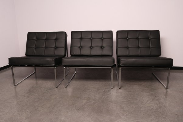 Set of 3 lounge chairs in black leather by Kho Liang Ie for Artifort, Netherlands 1960s
