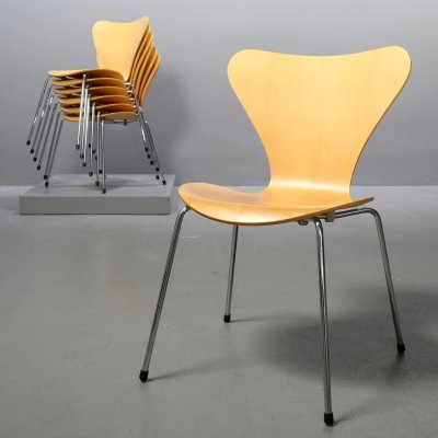3107 Butterfly Chairs in maple by Arne Jacobsen for Fritz Hansen, 1990s