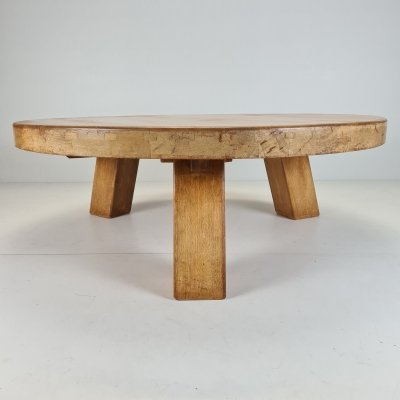 Rustic robust solid oak round tripod coffee table with visible wood joints, 1970s