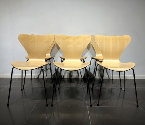 Set of 6 Maple 'Series 7' Chairs by Arne Jacobsen for Fritz Hansen, 1990s
