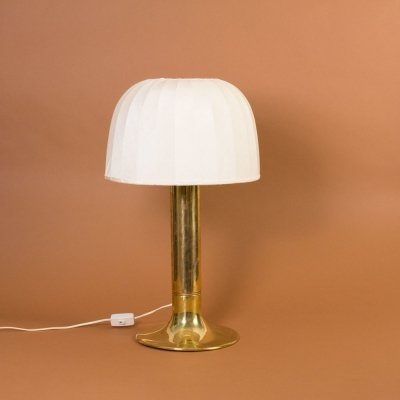 Hans Agne Jakobsson Table lamp B204 / Catherine with brass tulip base & original lampshade