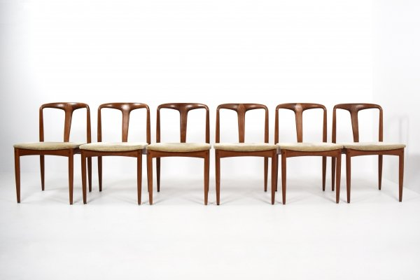 Set of 6 Johannes Andersen 'Juliane' Chairs in Teak for Uldum Mobelfabrik