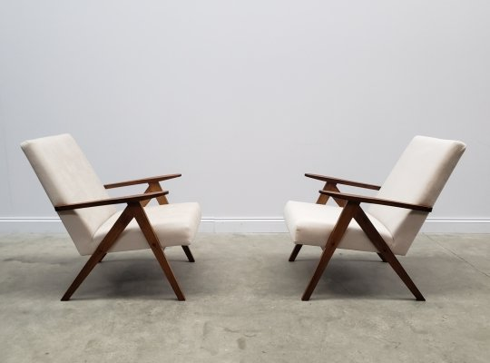 2 x Model B 310 Var Mid Century Easy Chair in Ivory Velvet, 1960s