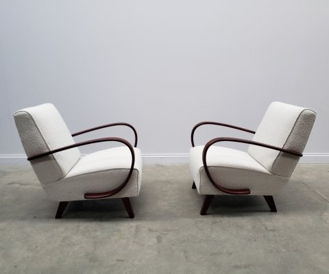 1930 Jindrich Halabala Bentwood Armchairs in Neutral Boucle