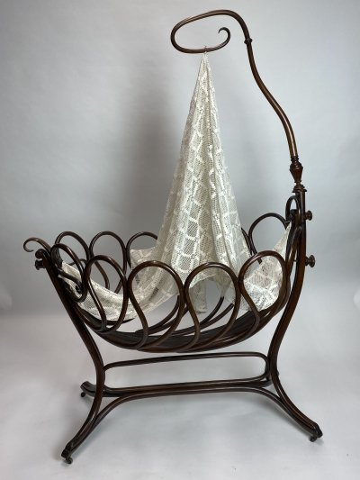 Rare bentwood cradle no.1 by J.J. Kohn