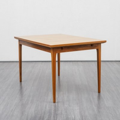 Extendable walnut dining table by Lübke, 1960s
