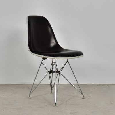 Eiffel Base Side Chair by Charles & Ray Eames for Herman Miller, 1970s