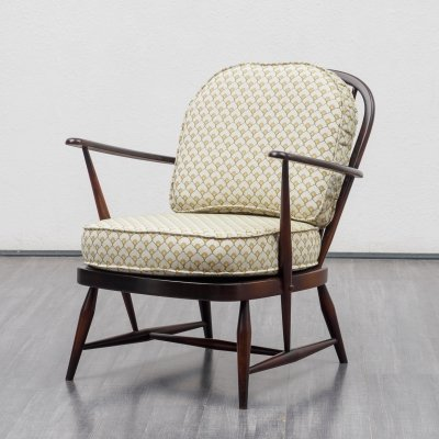 Mid-Century 1950s spindle back easy chair from Ercol