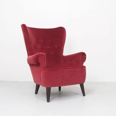 Red velvet Artifort lounge chair by Theo Ruth, 1950's