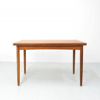 Danish design teak extendable dining table, 1960's