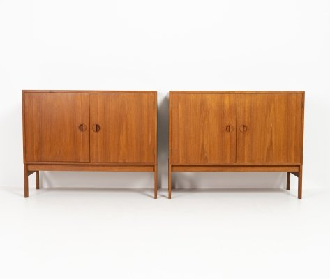 2 cabinets by HG Furniture