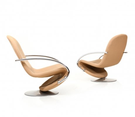 Pair of 1-2-3 Swivel Lounge Chairs by Verner Panton