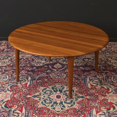 1960s coffee table in teak