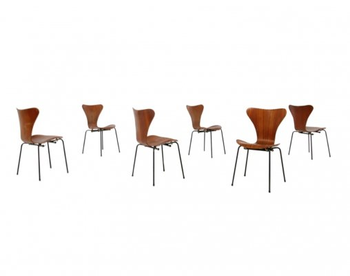 Set of 6 Butterfly Chairs by Arne Jacobsen for the Brazilian Airline Varig, 1950s