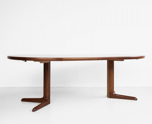 Midcentury Danish round dining table in teak with 2 extensions by Skovby Møbelfabrik, 1960s