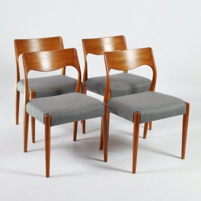 Set of 4 Vintage design dining chairs by Fristho, 1960s
