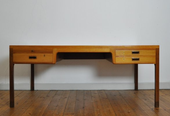 Large mahogany desk designed by Ejnar Larsen & Aksel Bender Madsen