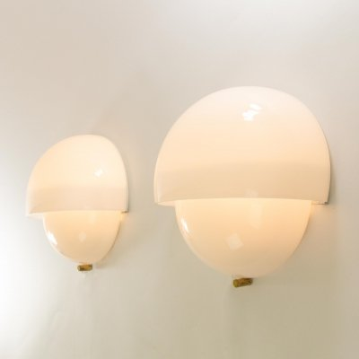Pair of Grande Mania wall lamps by Vico Magistretti for Artemide