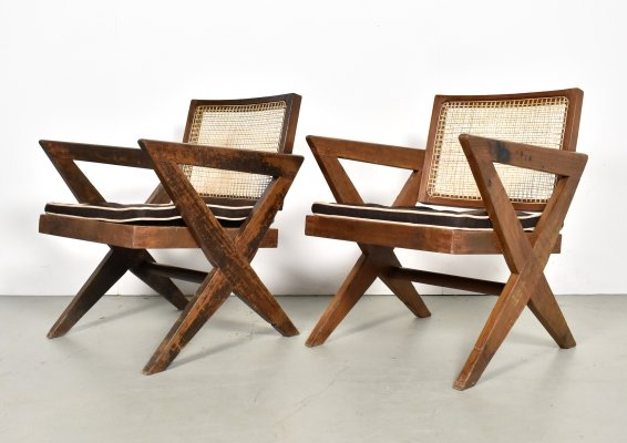 Pair of cross leg lounge chairs by Pierre Jeanneret, Chandigarh 1950s