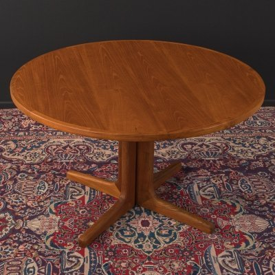 1960s dining table in teak