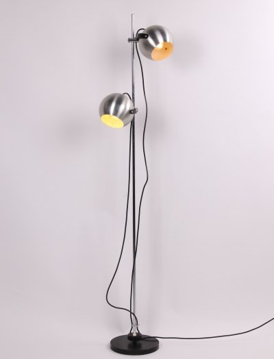 Chrome floor lamp with two adjustable ball spots