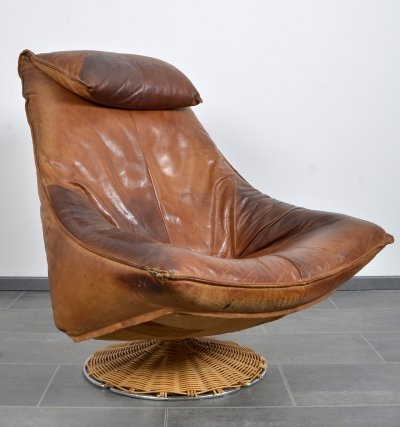 Cognac leather Delantra swivel chair by Gerard van den Berg for Montis, 1960s