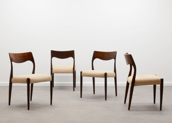 Set of 4 rosewood Fristho Franeker dining chairs