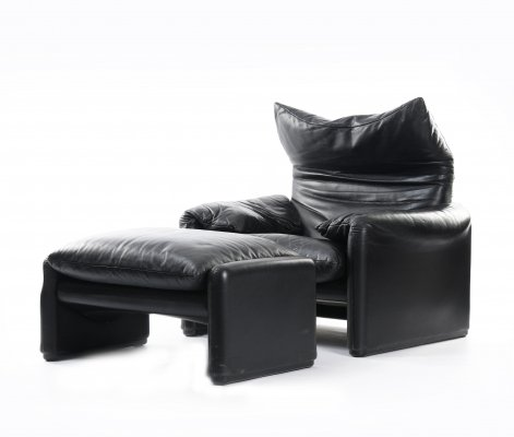 Maralunga lounge chair with matching ottoman by Vico Magistretti for Cassina, 1991