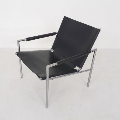 Martin Visser for 't Spectrum SZ02 black leather lounge chair, 1964