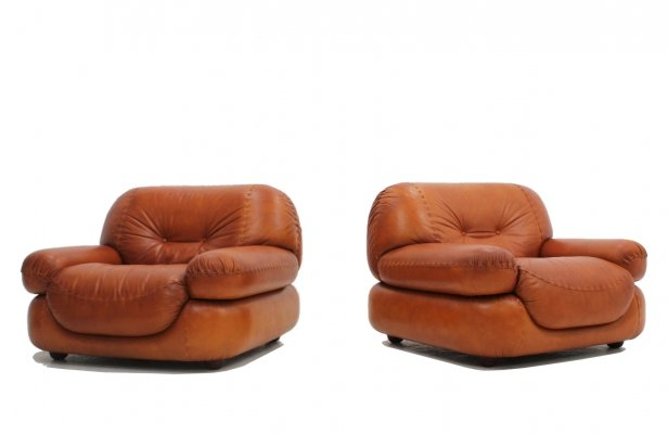 Pair of cognac leather 'Sapporo' armchairs by Mobil Girgi, 1970s