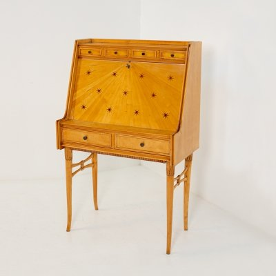 Paolo Buffa Important cabinet secretarie in maple & brass, 1950s