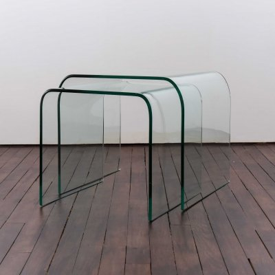 Set of 2 Waterfall tables in curved glass produced by Fiam Italy