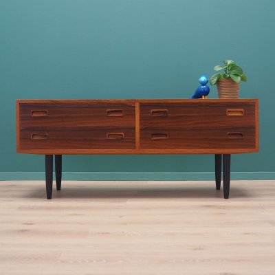 Rosewood chest of drawers by Hundevad & Co, Danish design 1960s