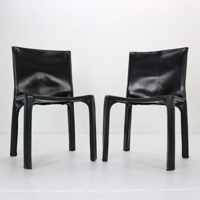 Pair of Early Edition leather Cab-412 chairs by Mario Bellini for Cassina, 1970