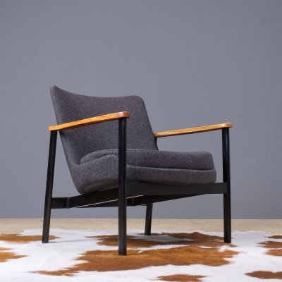 Ib Kofod Larsen lounge chair in dark grey fabric for Froscher, 1972