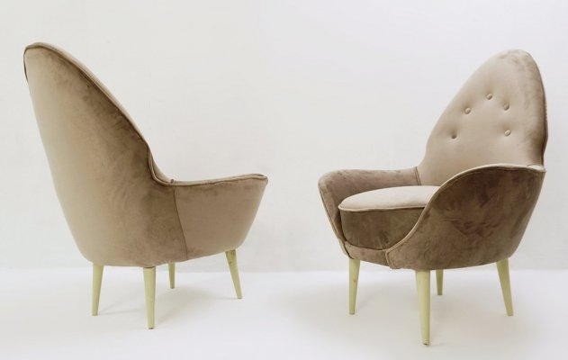 Pointed Back Italian Armchairs, 1980s