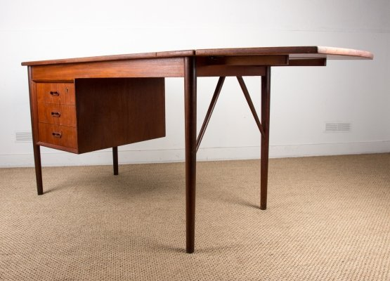 Small Danish Teak Desk with a flexible extension, 1960