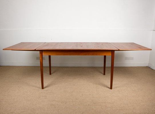 Large extendable Scandinavian Teak Dining Table by Nils Jonsson for Troeds, 1960