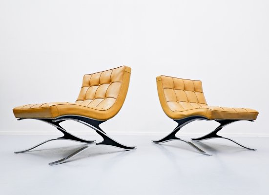 Pair of Italian Steel And Faux-Leather Armchairs by Pizzetti, 1970s