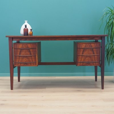 Danish desk in rosewood, 1970s