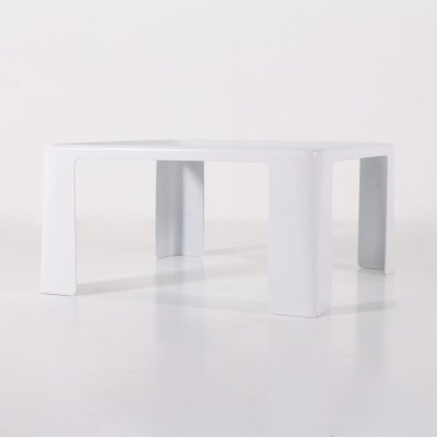 White polyester coffee table by Mario Bellini for B&B Italia, 1970's