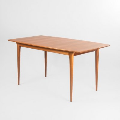 T2 extendable table by Tom Robertson for A.H. Mcintosh & Co