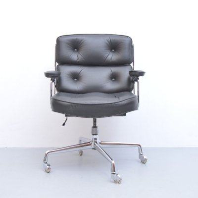 ES104 office chair by Charles & Ray Eames for Vitra, 1960s