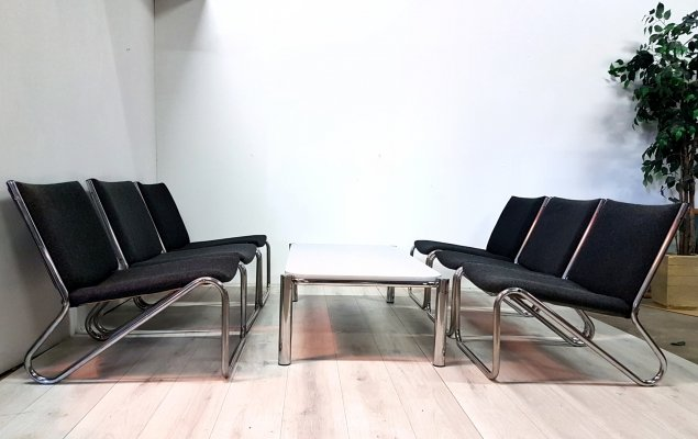 Set of 6 bauhaus style chairs plus coffee table, 1980s