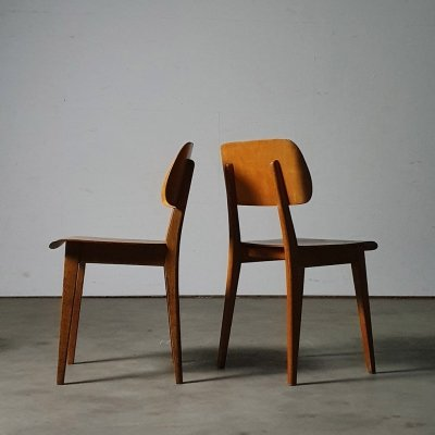 'Reconstruction' plywood chair by Pastoe, 1948