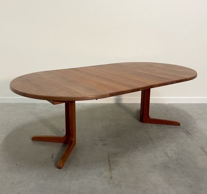 Vintage Danish teak extendable oval / round dining table by Niels Bach, 1960s