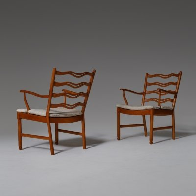 Pair of Ole Wanscher 'Model 1755' arm chairs for Fritz Hansen, 1940s