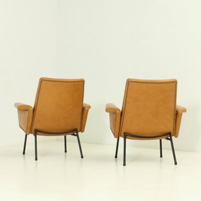 Pair of SK 660 Armchairs in Leather by Pierre Guariche for Steiner, 1953