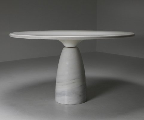 White Calacatta 'Finale' Marble Dining Table by Peter Draenhert, 1970's