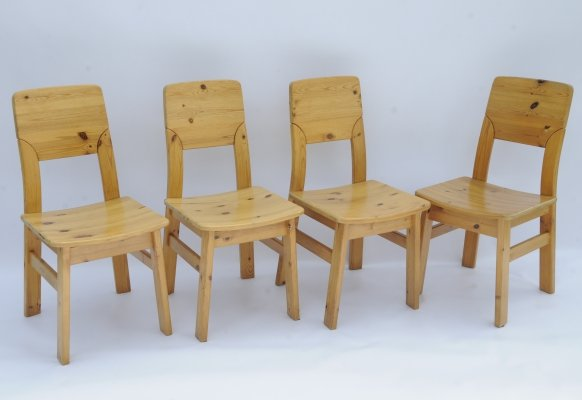 Set of 4 pinewood dining chairs by Ilmari Tapiovaara for Laukaan Puu, Finland 1960s